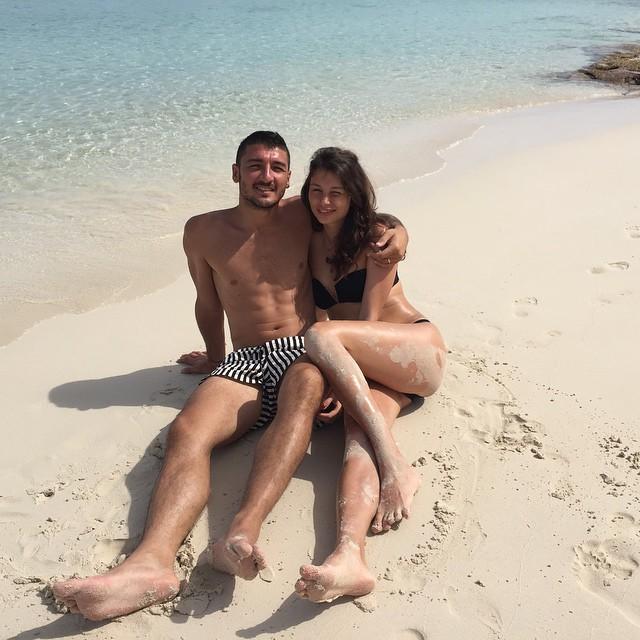 Сальваторе Боккетти и его русская жена Екатерина на пляже