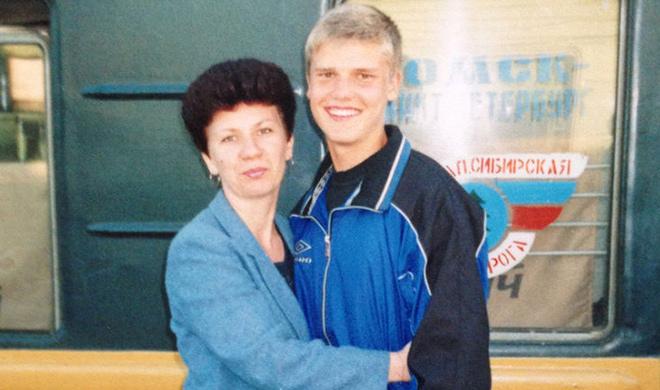 Игорь Денисов с мамой