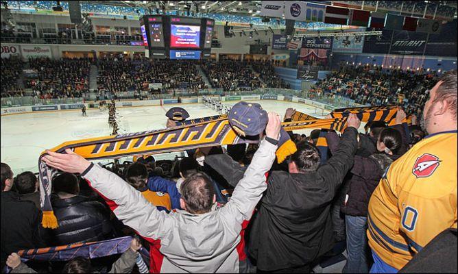 """14 марта 2011 года. Мытищи. Плей-офф КХЛ. 1/4 финала. """"Атлант"""" — СКА — 1:2."""