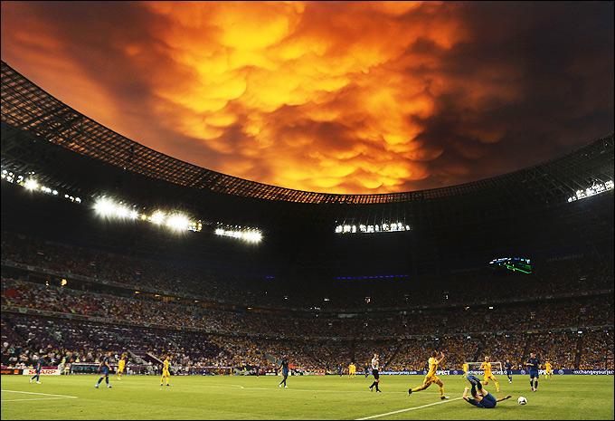 Дневник футбольного фаната Джеймса Сириуса Поттера - Страница 25 1341510739_b_razgul-stikhii-v-donecke