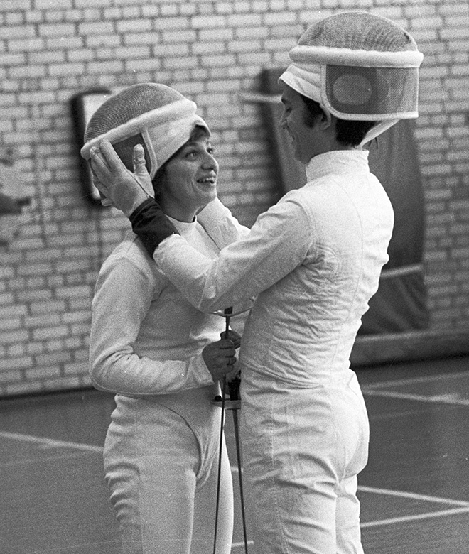 Виктор Кровопусков с женой Татьяной на тренировке