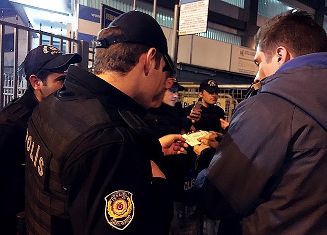 «В итоге нам помогли полицейские»