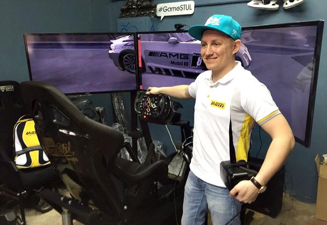 Гонщик GT Racing Team Viatti Алексей Карачев