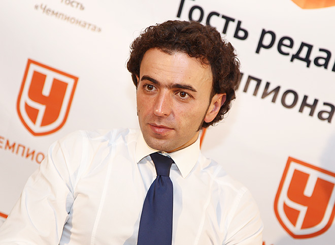 Роман Бабаев