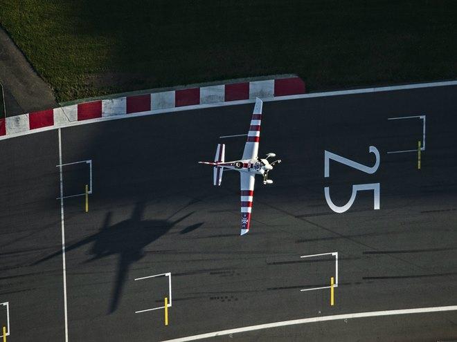 Что сложнее: Формула-1 на асфальте или в воздухе?