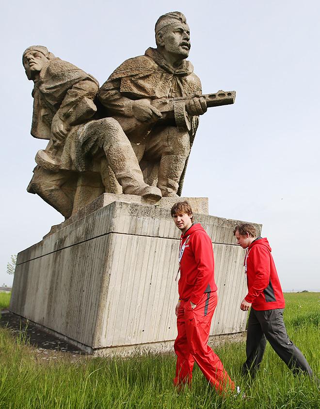 Сергей Бобровский и Владимир Тарасенко