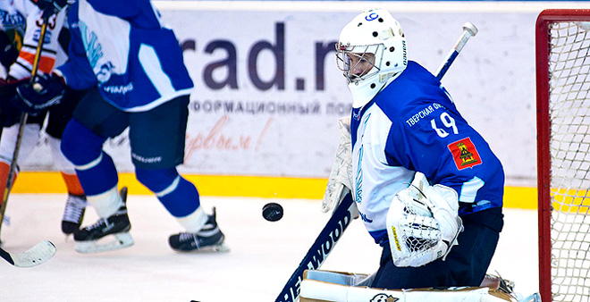 Лучший вратарь октября Сергей Хорошун (ТХК)