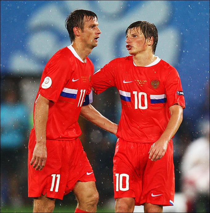 Триумфальный Евро-2008 и счастливая красная форма, которую раскупали после победы над голландцами