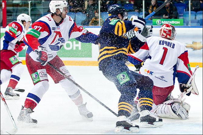 28.11.2010. Атлант - Локомотив - 2:3. Фото 01.