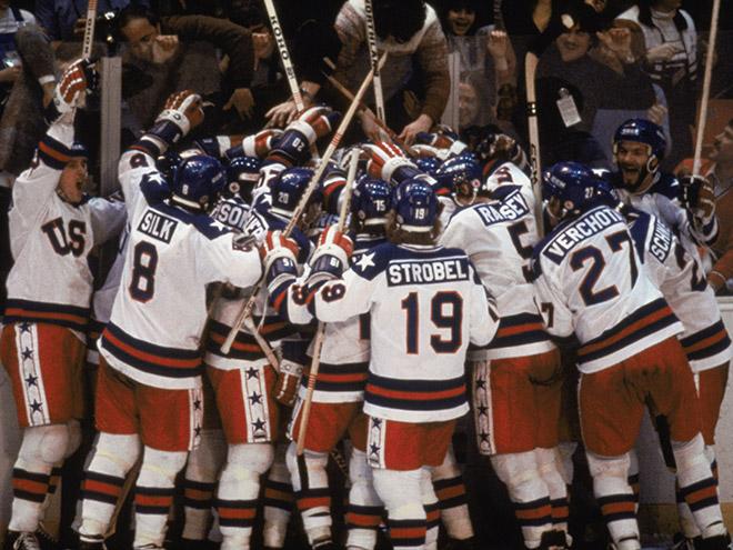 Радость хоккеистов сборной США