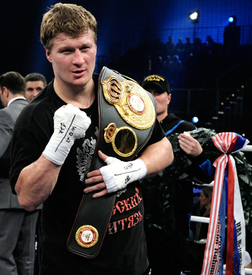 Александр Поветкин с чемпионским поясом.