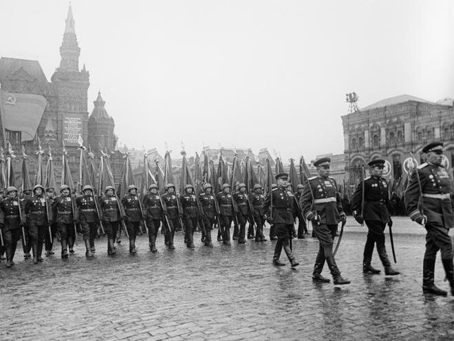 Парад Победы на Красной площади в 1945 году