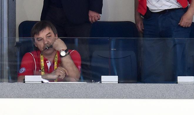 За финальной игрой на чемпионате мира в Минске дисквалифицированный Знарок наблюдал из специальной ложи