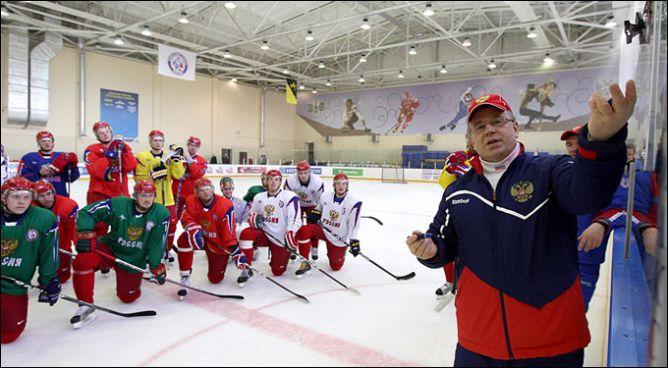 В Новогорске сборная готовилась к Чешским играм под руководством Игоря Захаркина