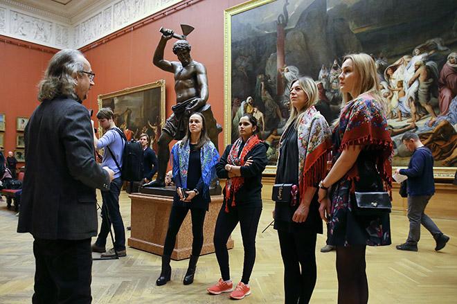 Саня Мирза и Мартина Хингис в Русском музее