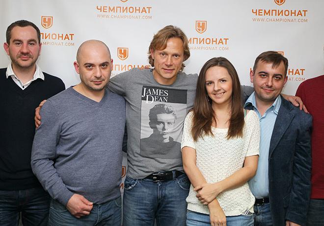 Валерий Карпин с журналистами