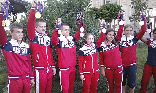 Сборная России по прыжкам в воду с большим медальным уловом