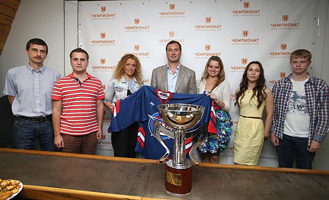 Алексей Морозов с журналистами «Чемпионата»