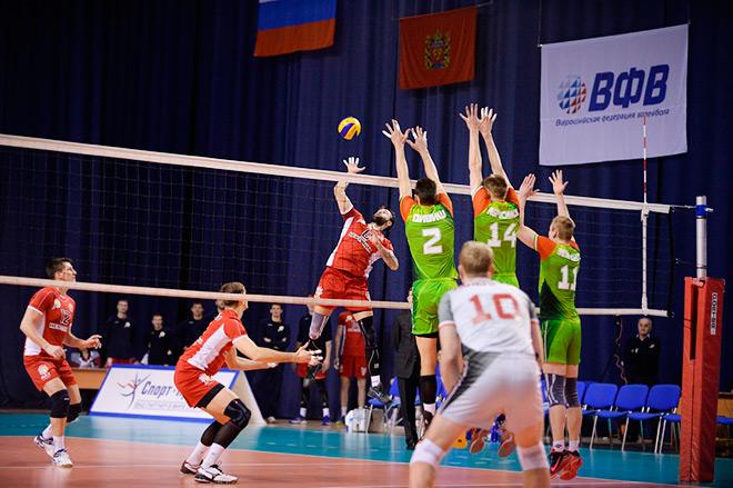 «Нефтяник» переиграл «Локомотив» — 3:1