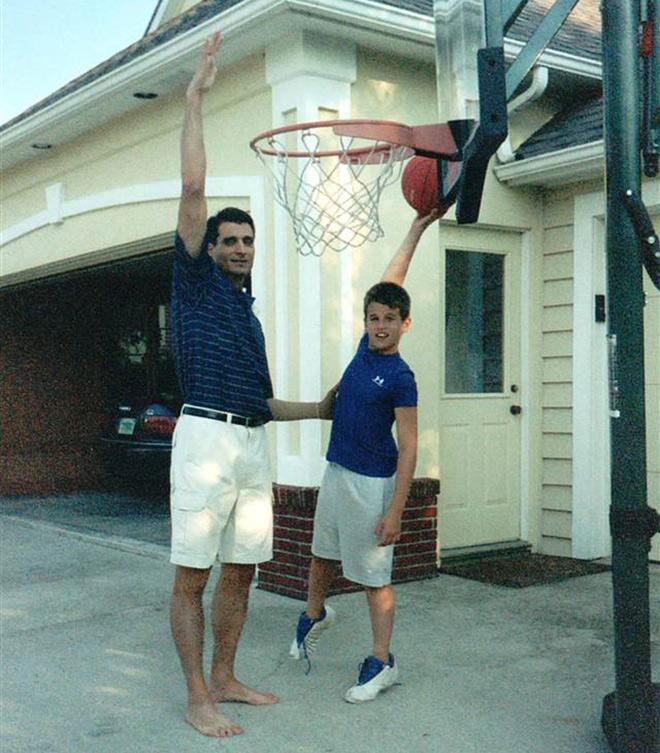 Остин Хэтч с отцом