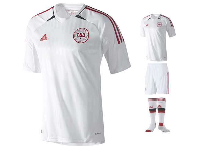 Форма сборной Дании Adidas