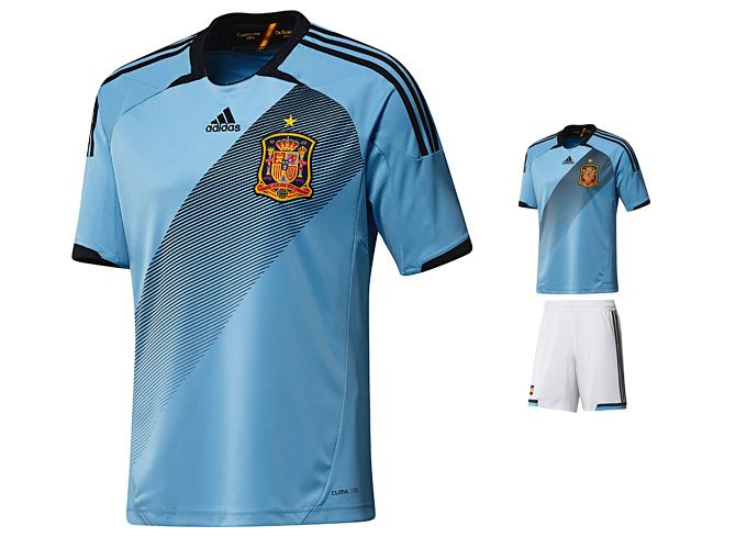 Форма сборной Испании Adidas