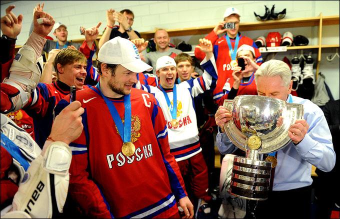 Зинэтула Билялетдинов и шампанское