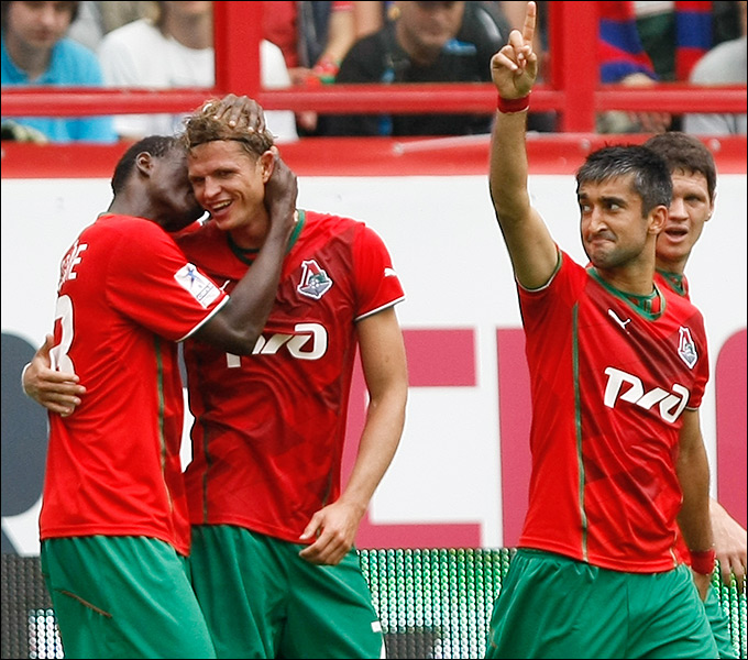 Самедов и Тарасов попали в расширенный список сборной на матч с Лихтенштейном