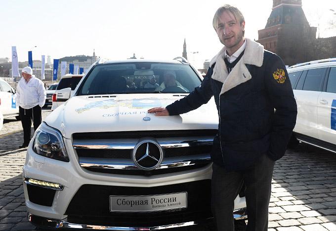 http://img.championat.com/i/article/62/13/1396356213_b_bolshomu-chempionu-bolshoj-avtomobil.jpg