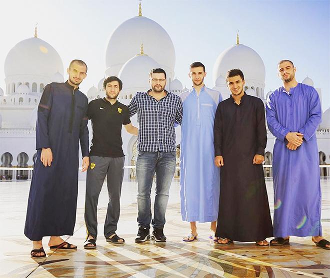 Сердер Сердеров и мечеть