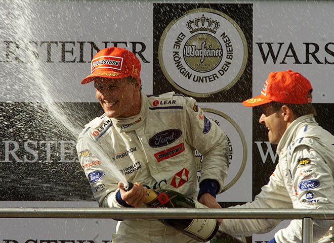 Джонни Херберт на подиуме Гран-при Европы 1999 года