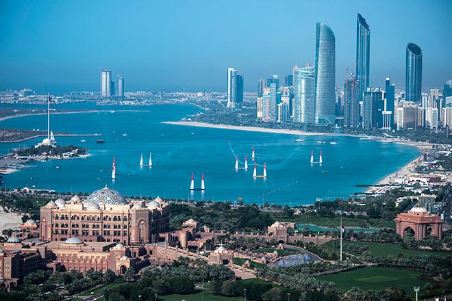 Трасса Red Bull Air Race в Абу-Даби