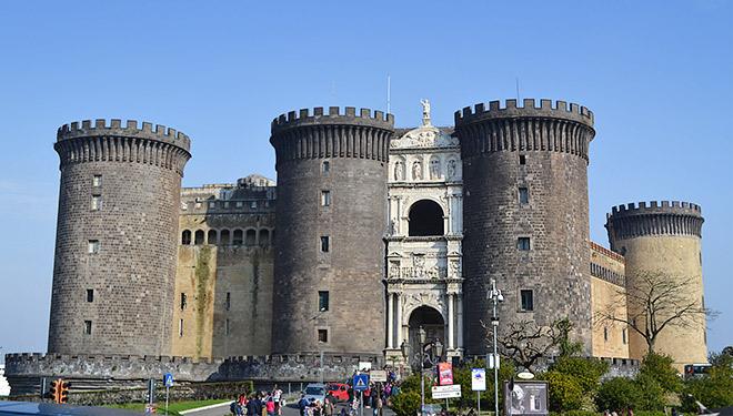 Новая крепость Неаполя