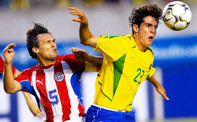 Проиграв Парагваю со счётом 0:1 Бразилия прервала четырёхлетнюю беспроигрышную серию в родных стенах