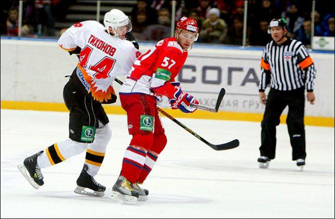 Аникеенко в борьбе с Виктором Тихоновым