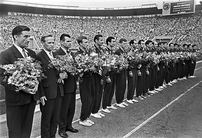 Сборная команда СССР по футболу, выигравшая Кубок Европы 1960 года
