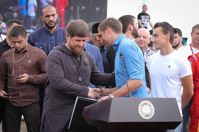 Рамзан Кадыров, Виталий Петров и Роман Русинов