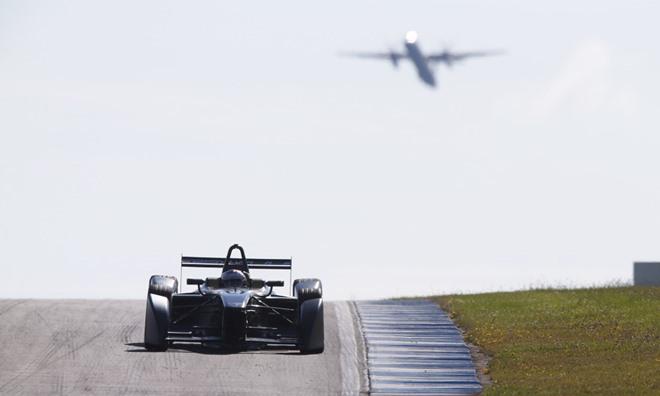 Себастьен Буэми на тестах Формулы-Е