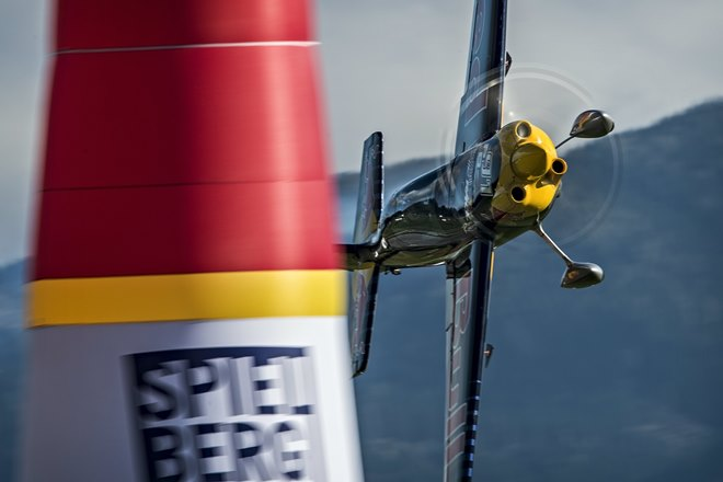 ������� � Red Bull Air Race ����� �������