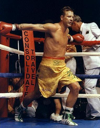 Микки Рурк возвращается на ринг спустя 20 лет