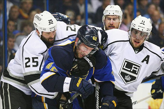 """1 мая 2012 года. Сент Луис. Плей-офф НХЛ. 1/4 финала. """"Сент-Луичс Блюз"""" — """"Лос-Анджелес Кингз"""" — 2:5"""