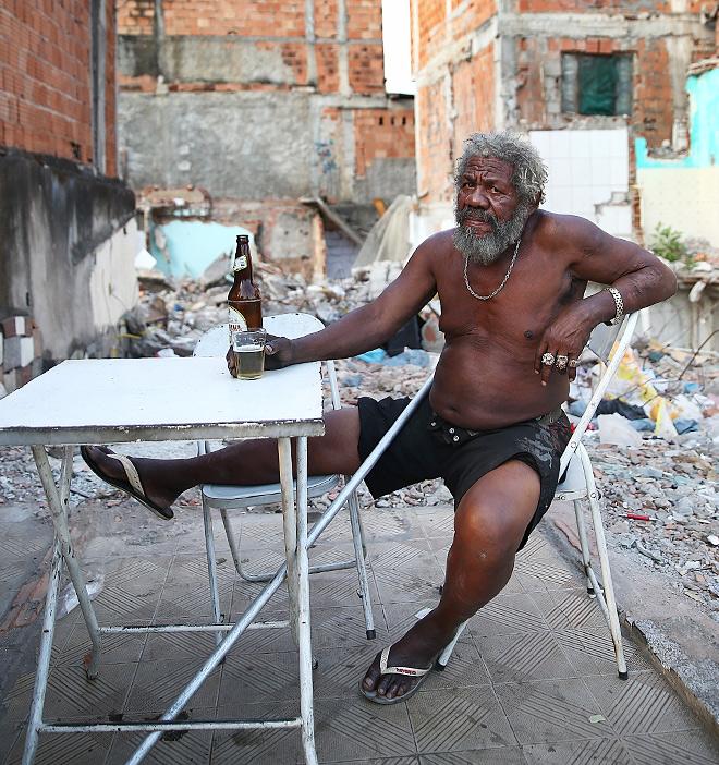 Как бы бедно ни жили наши сограждане во многих периферийных городах – такого, как в Бразилии, поверьте мне, вы никогда не увидите