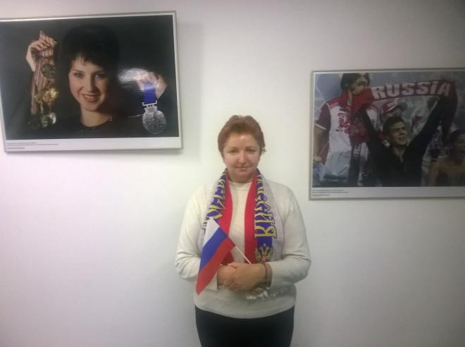 Елена на чемпионате России по фигурному катанию переживает за всех участниц