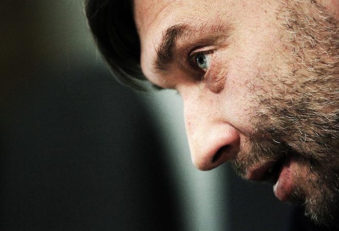 «Леонид Викторович со всеми — тренерами, футболистами, журналистами — поддерживает хорошие отношения. Вполне искренне. Но все не могут быть такими»