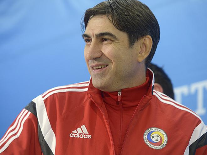 Главный тренер сборной Румынии Виктор Пицуркэ неожиданно решил подать в отставку