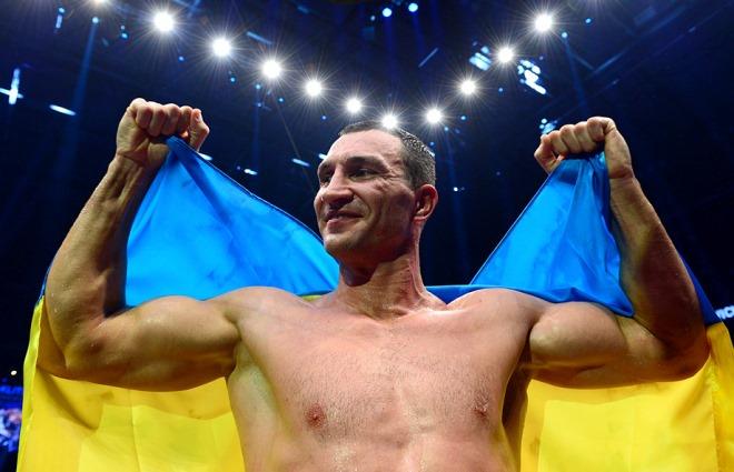 Владимир Кличко провёл в уходящем году две успешные защиты своих титулов, одержав победы над обоими соперниками