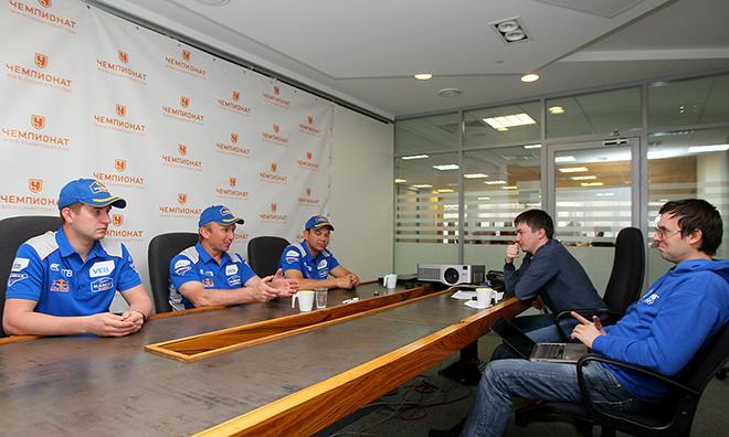 Камазовцы отвечают на вопросы корреспондентов «Чемпионата»