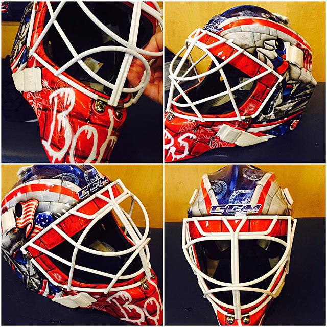 Новая маска Сергея Бобровского