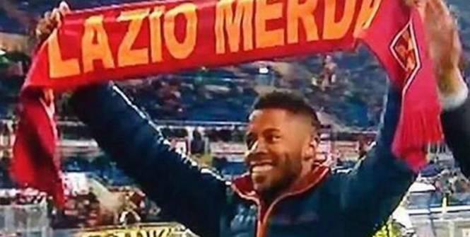 """Бастос и """"Рома"""" извинились за использование игроком шарфа с оскорблением """"Лацио"""""""