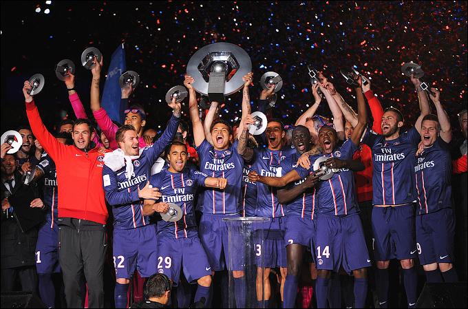 """""""ПСЖ"""" выиграл у """"Лиона"""" и стал чемпионом Франции впервые с 1994 года"""